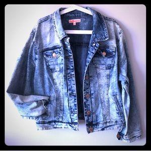 Dollhouse acid wash plus size stretch denim jacket
